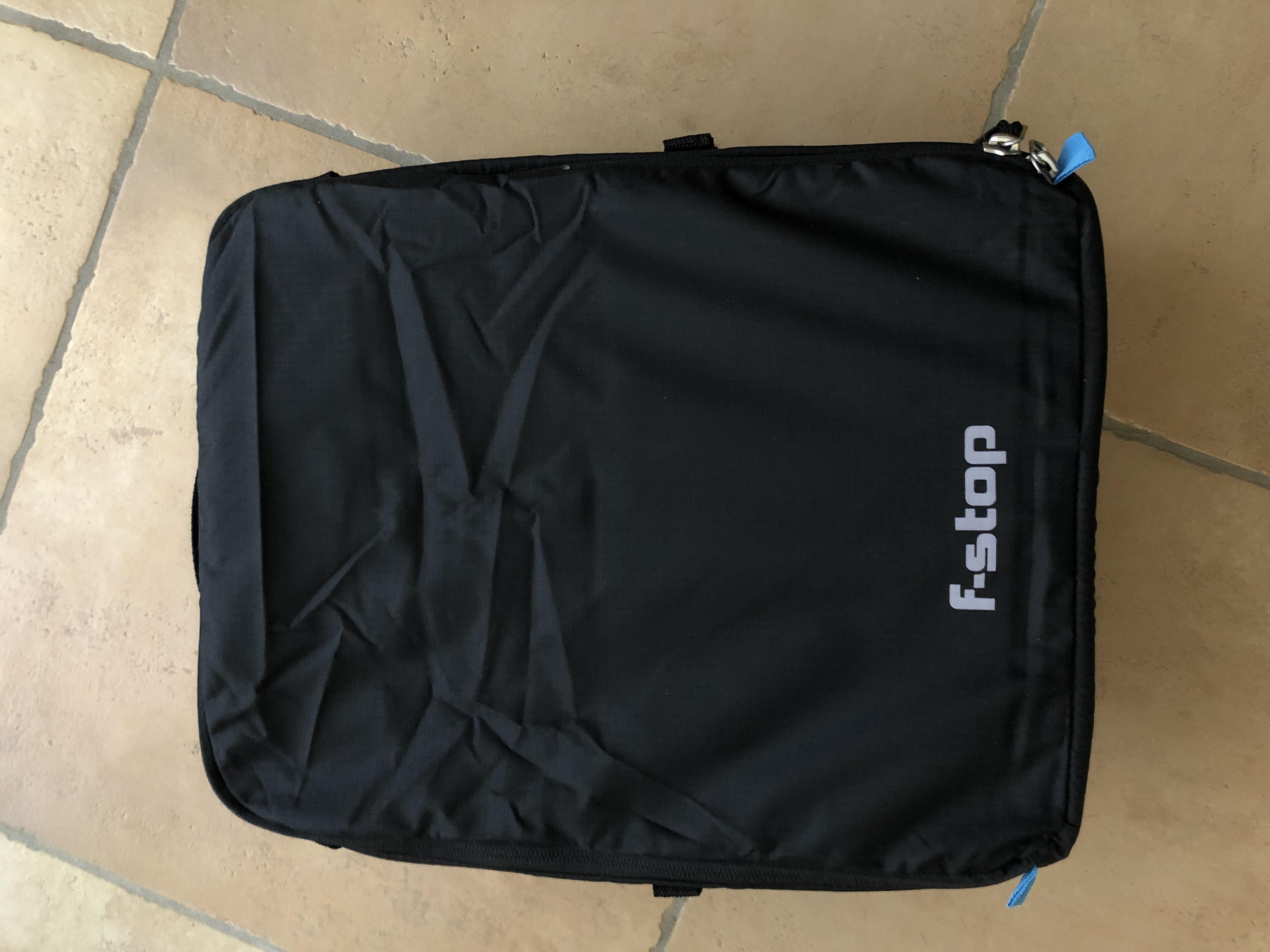 Ranzen, Taschen & Rucksäcke Suche Nach FlüGen Messenger-bag My Bag Of Magic Tricks 38 X 33 Cm Schwarz BüGeln Nicht Notebooktaschen